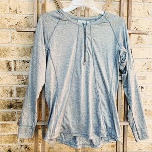 Athleta gray 1/4 zip pullover workout top large